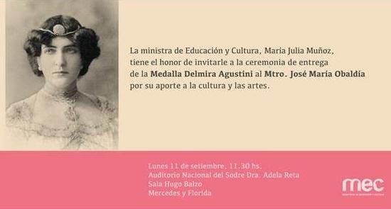 Medalla Delmira Agustina a José María Obaldía
